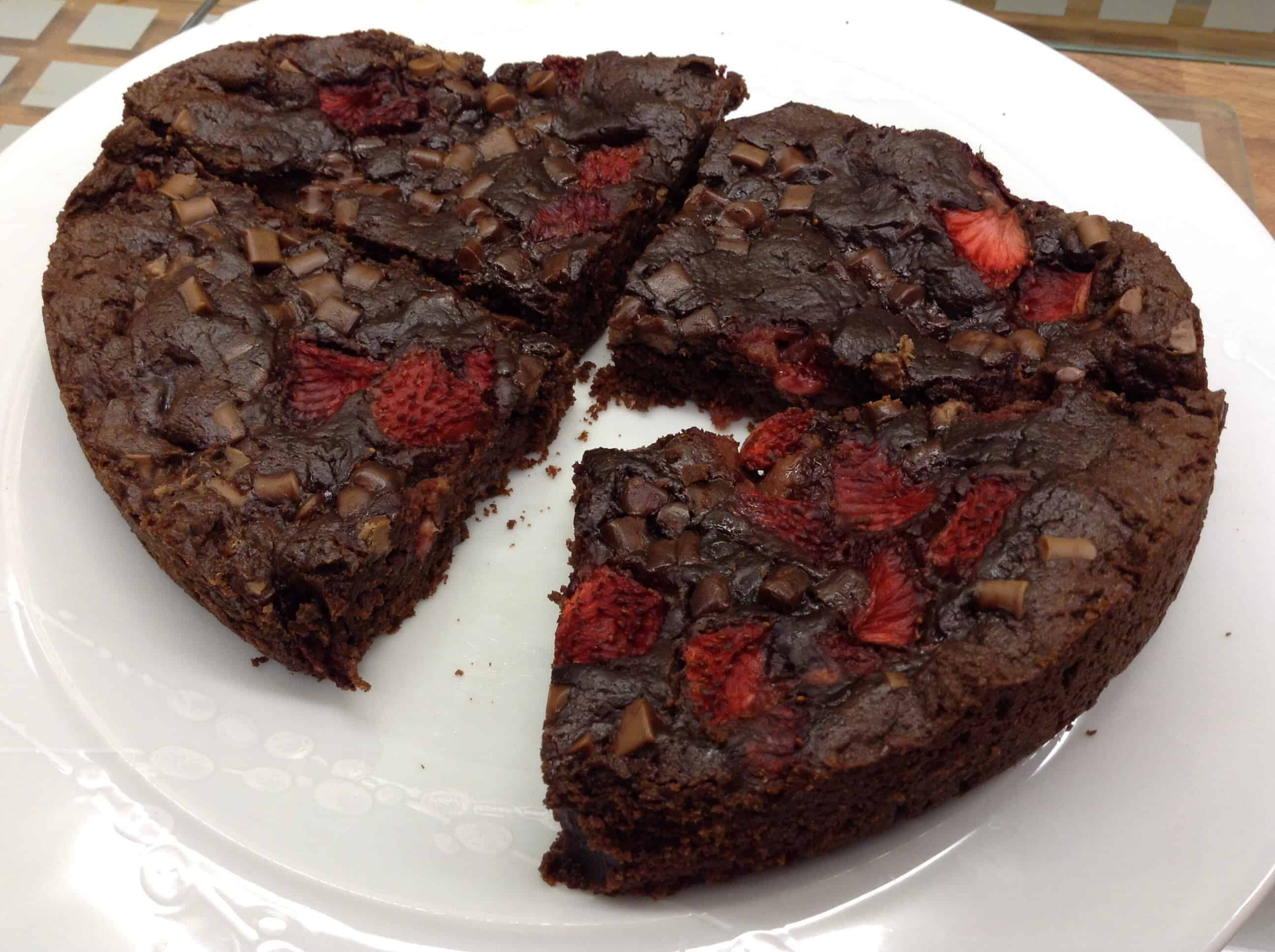 Slow Cooker Giant Strawberry and Chocolate Chunk Cookie