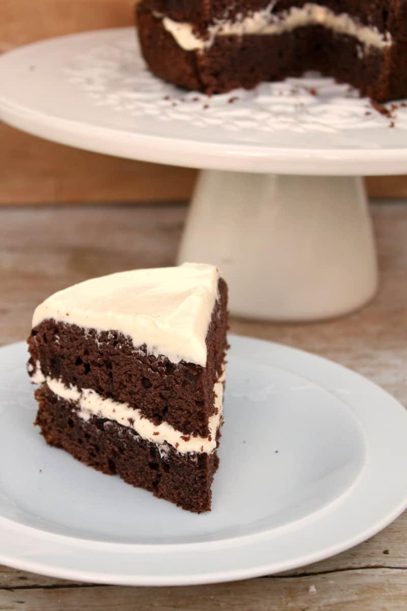 Slow Cooker Red Velvet Cake