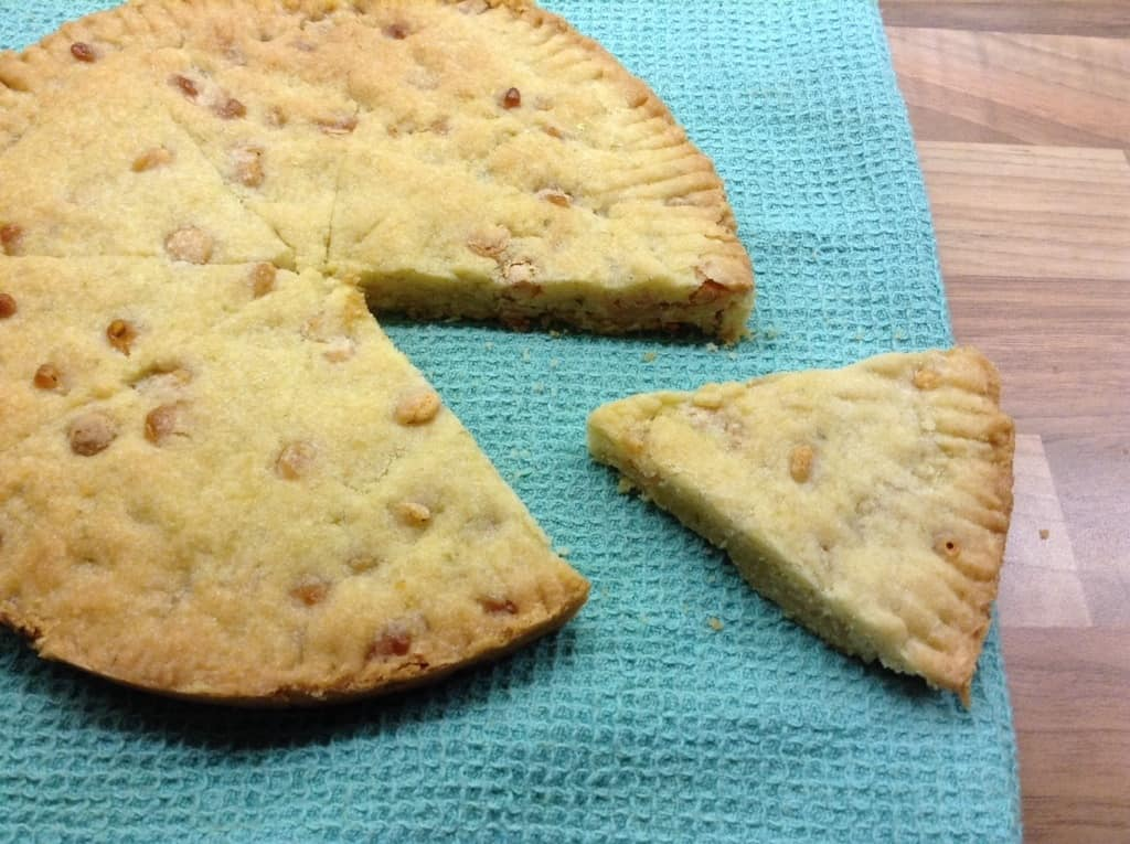 White chocolate lime shortbread by BakingQueen74