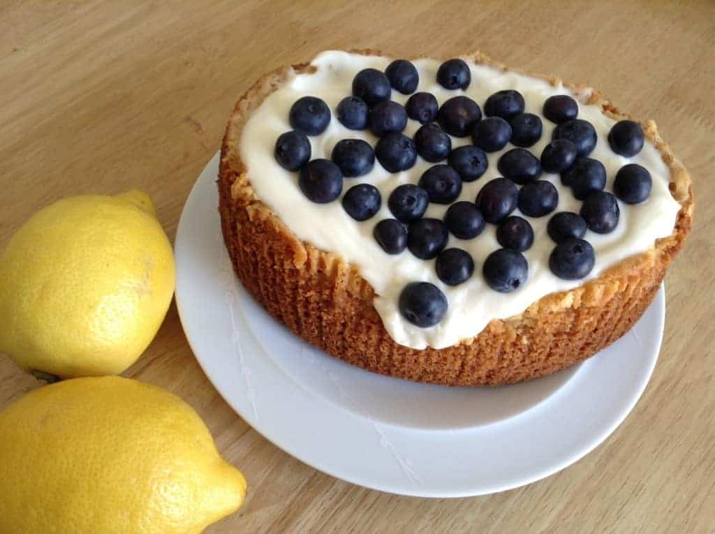 Slow Cooker White Chocolate and Lemon Cake