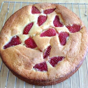 Strawberry topped yoghurt cake