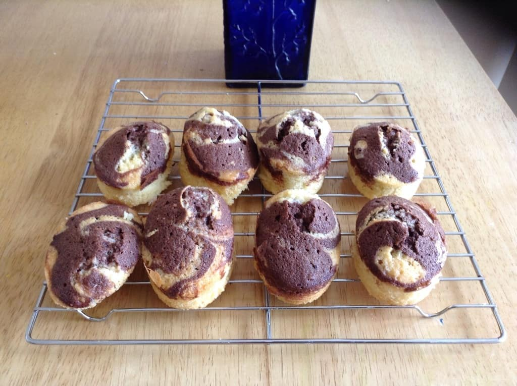 Mini chocolate marble sponges by BakingQueen74