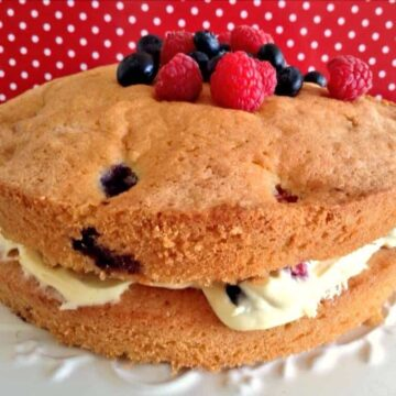 Coconut, blueberry and raspberry cake