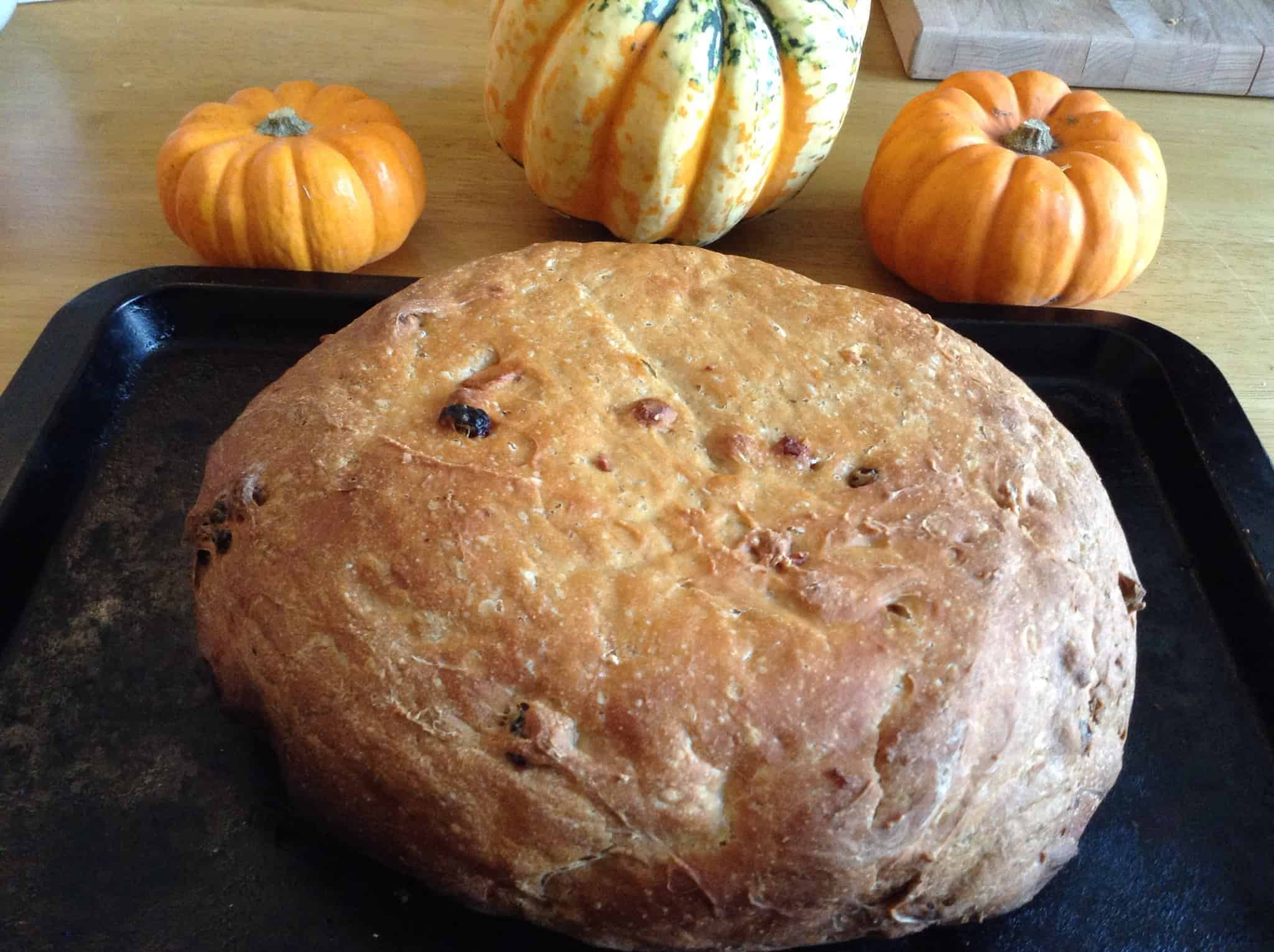 Slow Cooker Pumpkin Apple Sultana Cinnamon Bread