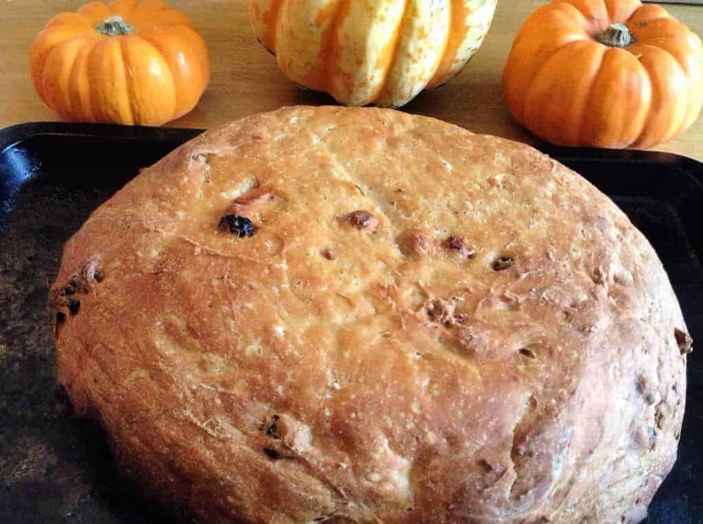 Slow Cooker Pumpkin Apple Bread