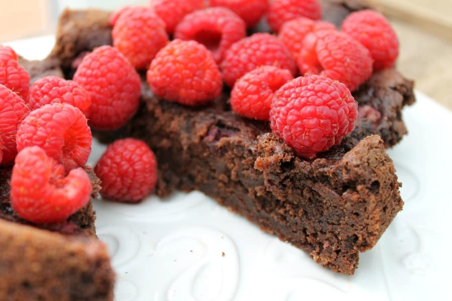 Slow cooker raspberry brownies