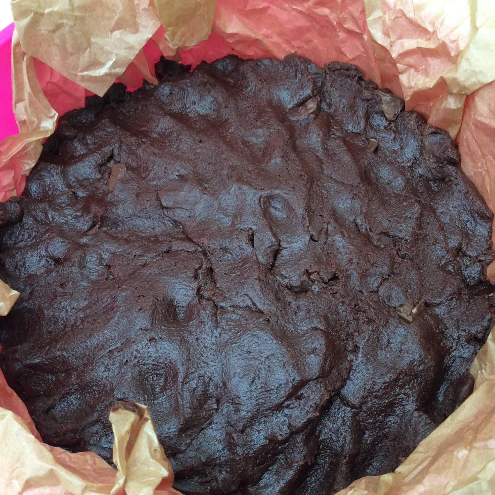 Slow Cooker Chocolate Overload Cookie Cake - BakingQueen74