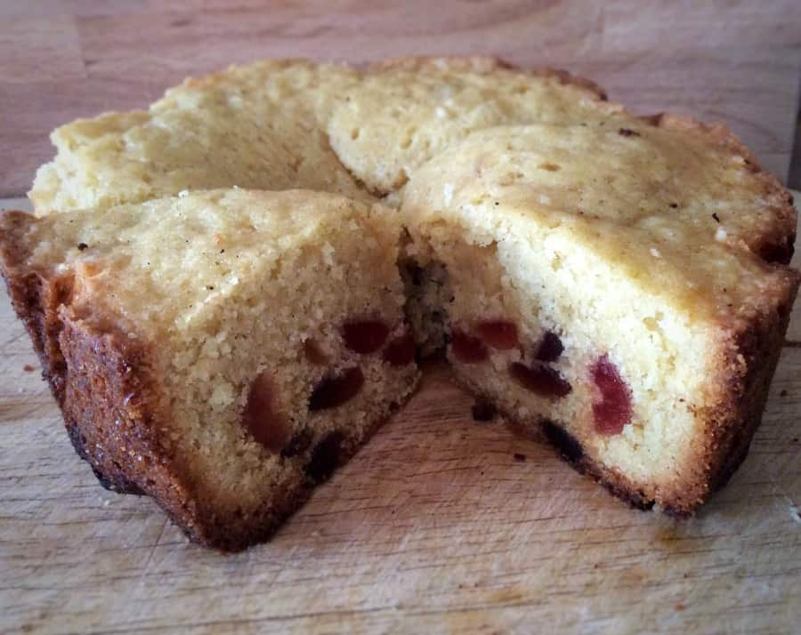Recipe For Cherry Cake With Glace Cherries