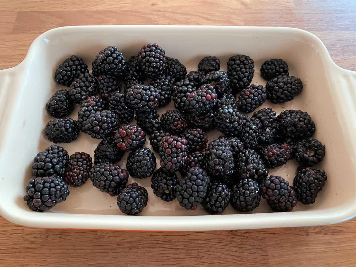 Blackberries in an oven dish.