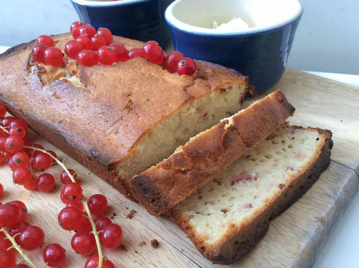 Redcurrant Yoghurt Loaf Cake - BakingQueen74