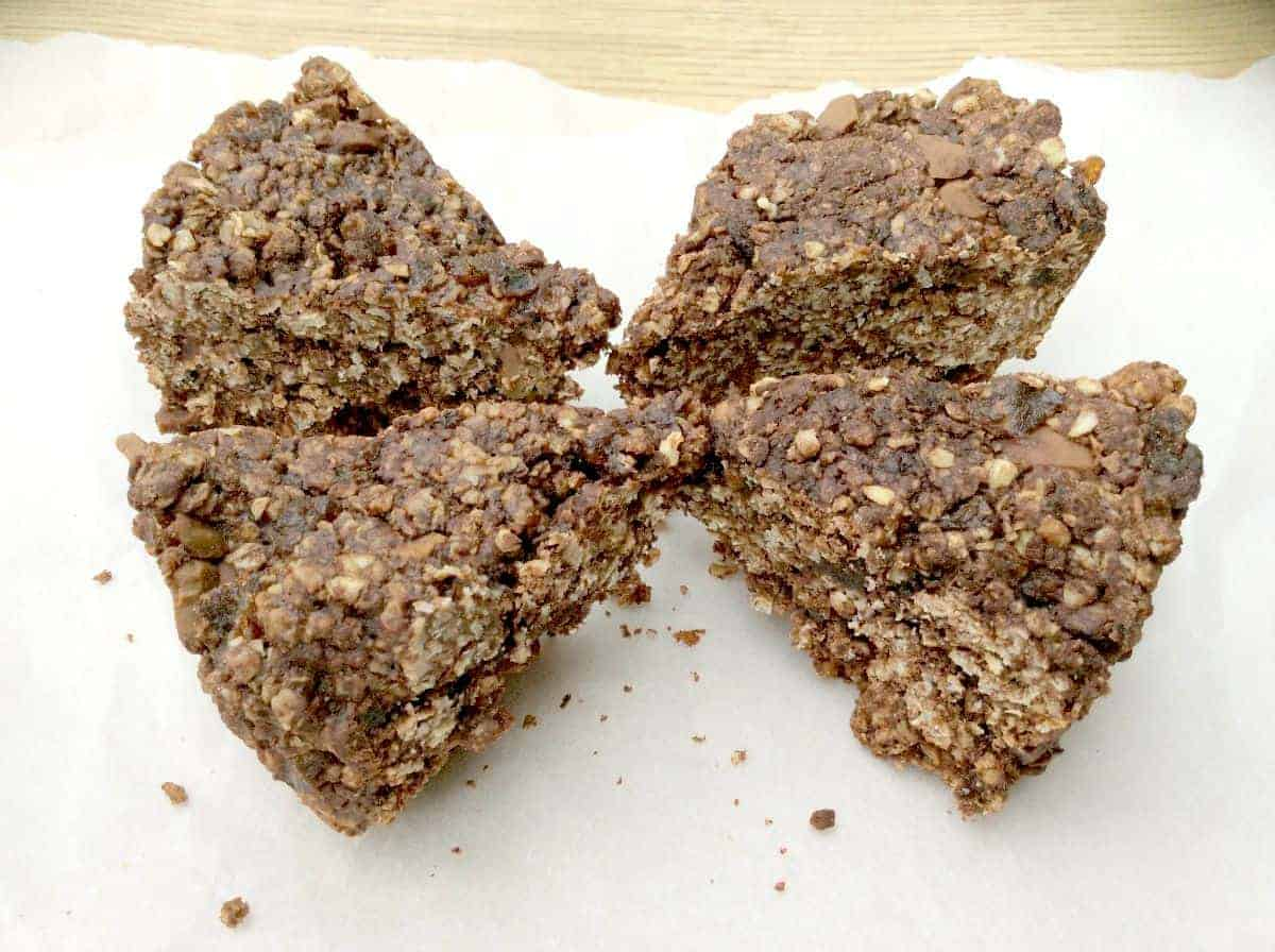 Slow Cooker Chocolate Oat Bars