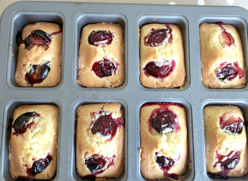 Mini Damson Madeira Loaves - BakingQueen74.co.uk