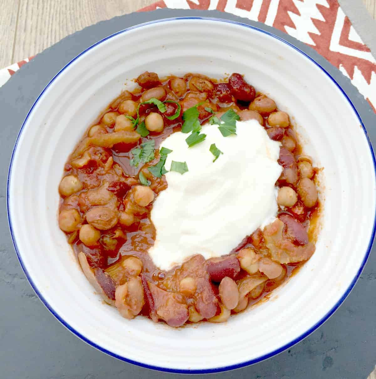 Slow Cooker Spicy Bean Stew