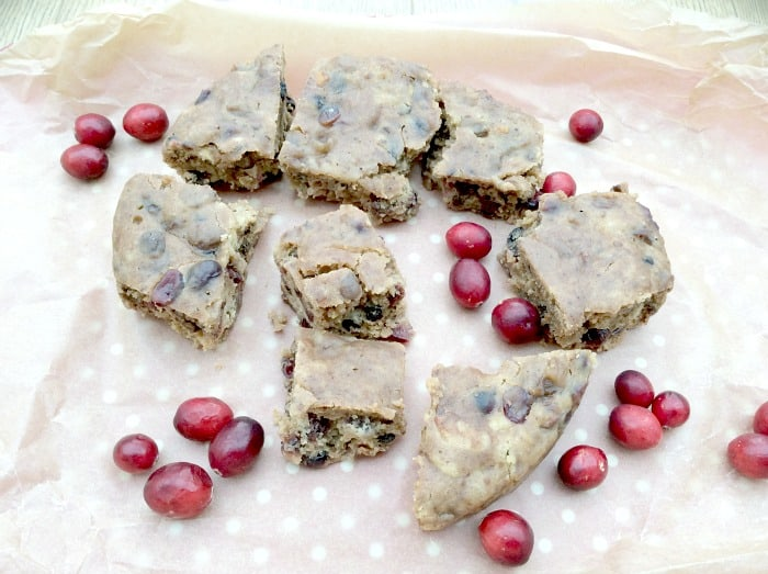 Slow Cooker Tea Loaf Cake with Cranberry and Ginger
