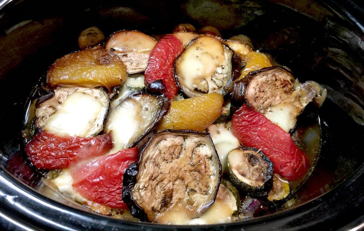 Slow Cooker Aubergine, Pepper and Mozzarella Bake