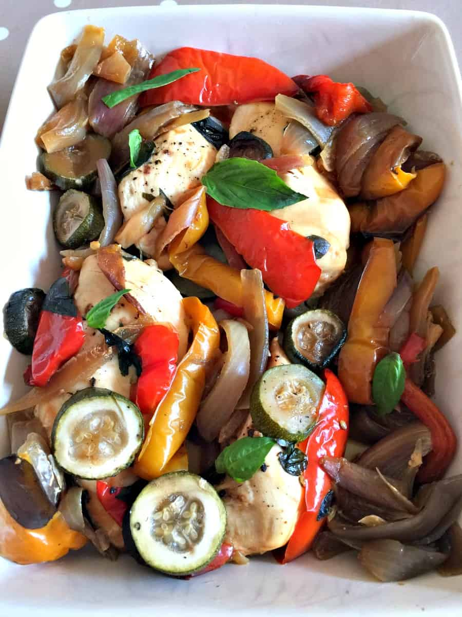 Slow cooker chicken with mediterranean roasted vegetables