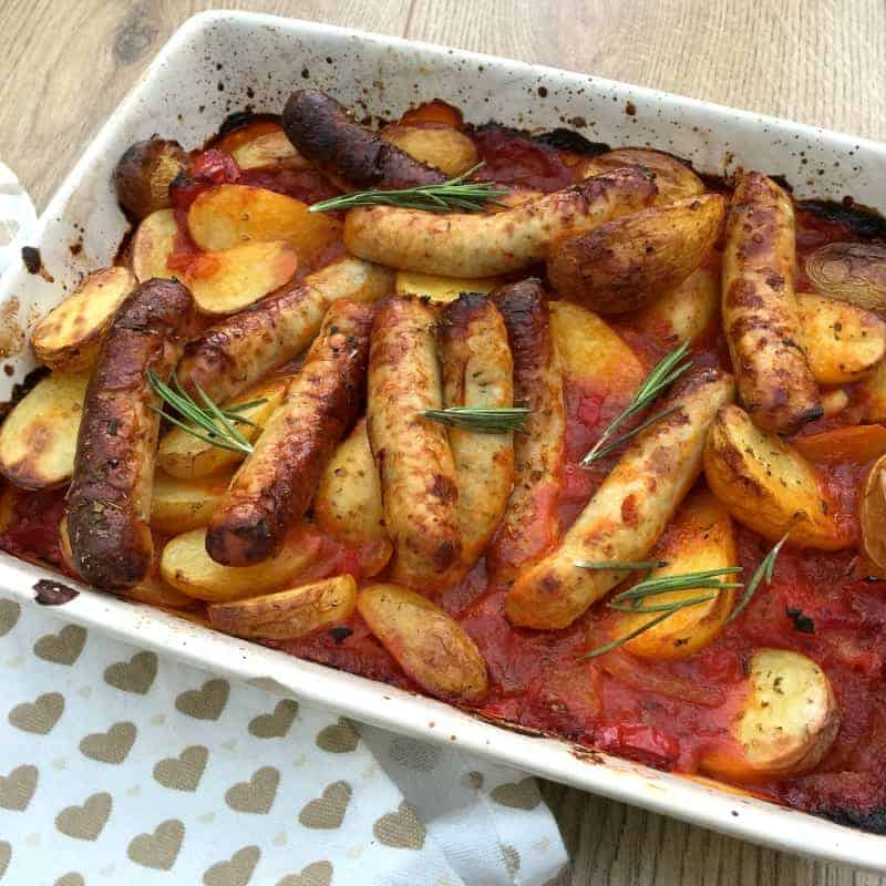 Pin my healthy sausage and potato bake recipe for later!
