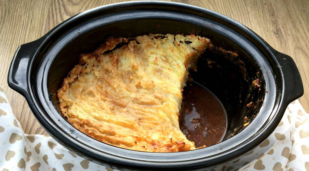Slow cooker cottage pie recipe