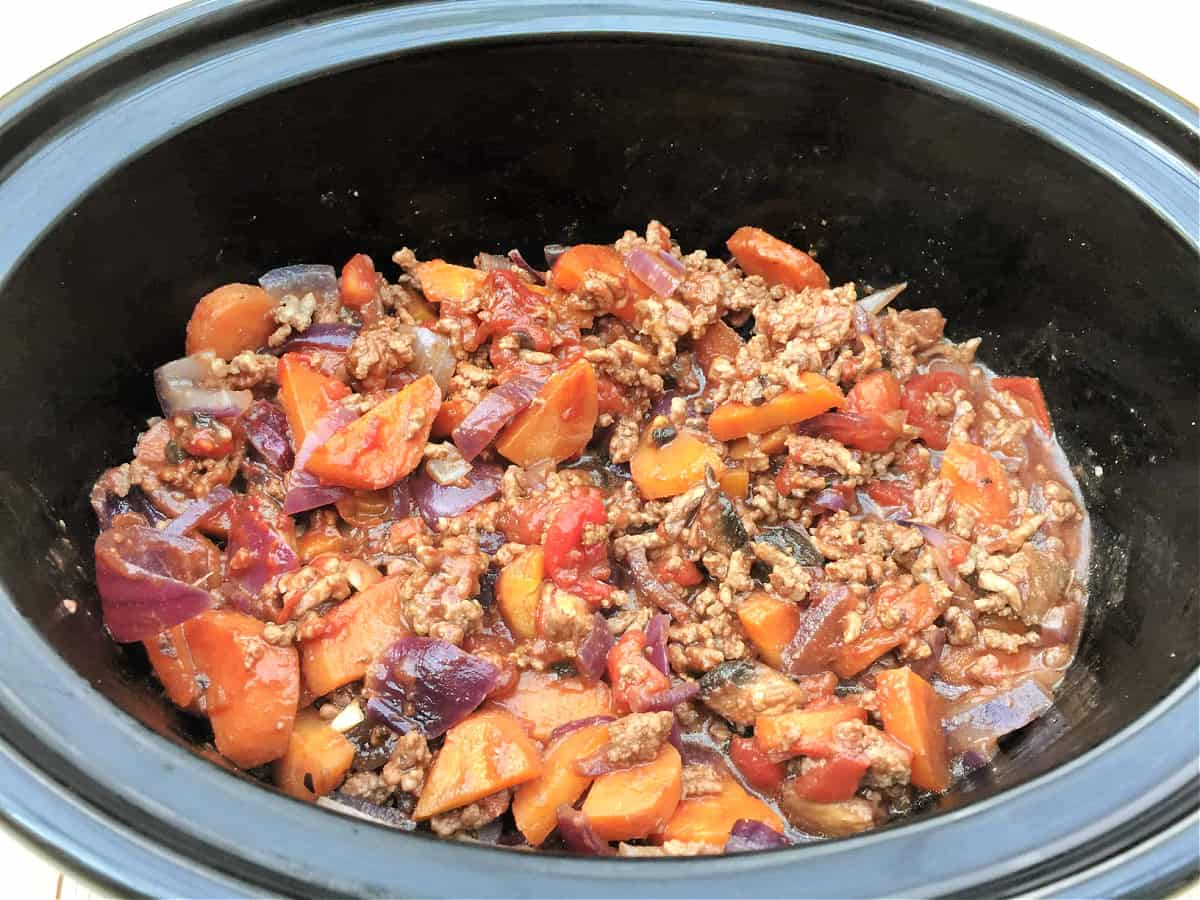 Cottage pie filling in slow cooker pot