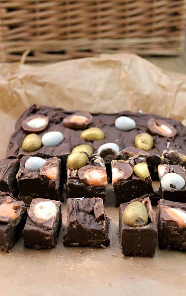 Slow Cooker Easter Egg Fudge