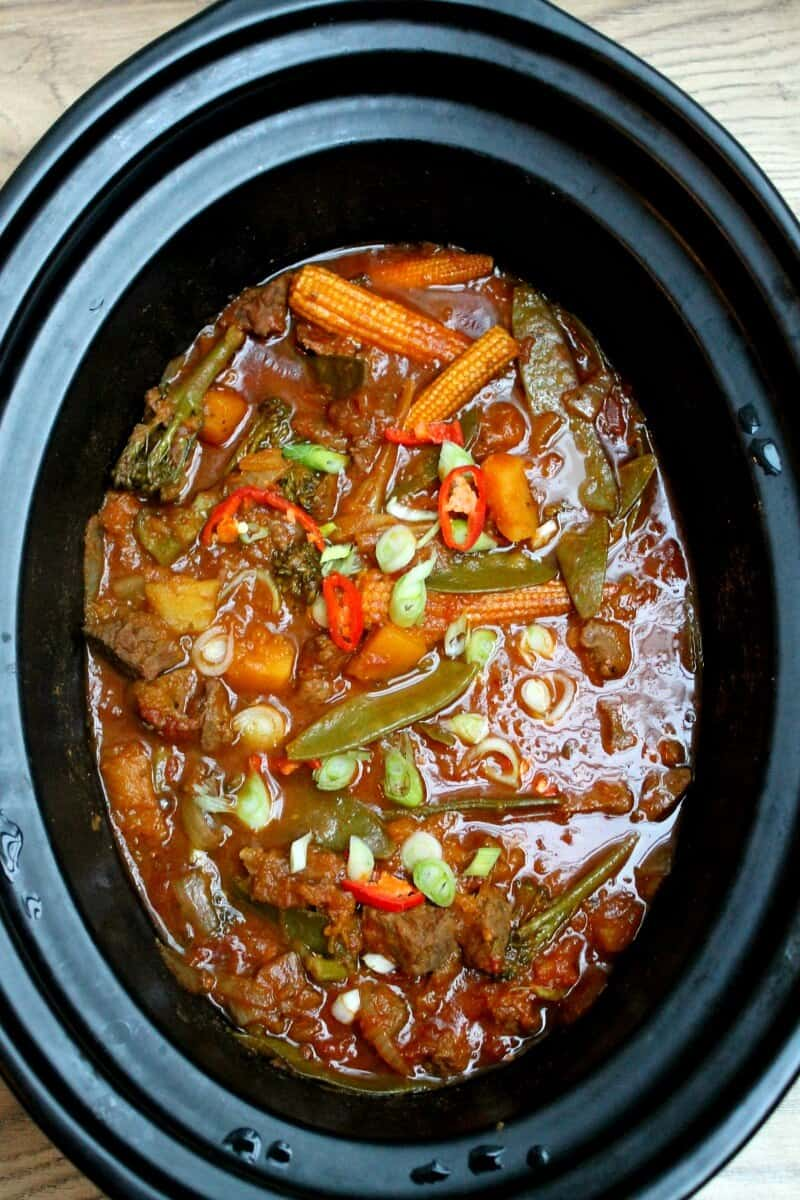 Slow cooker coconut beef curry