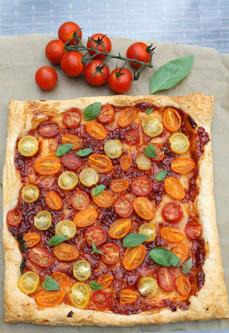 Easy Tomato Puff Pastry Tart - WeightWatchers Friendly ...