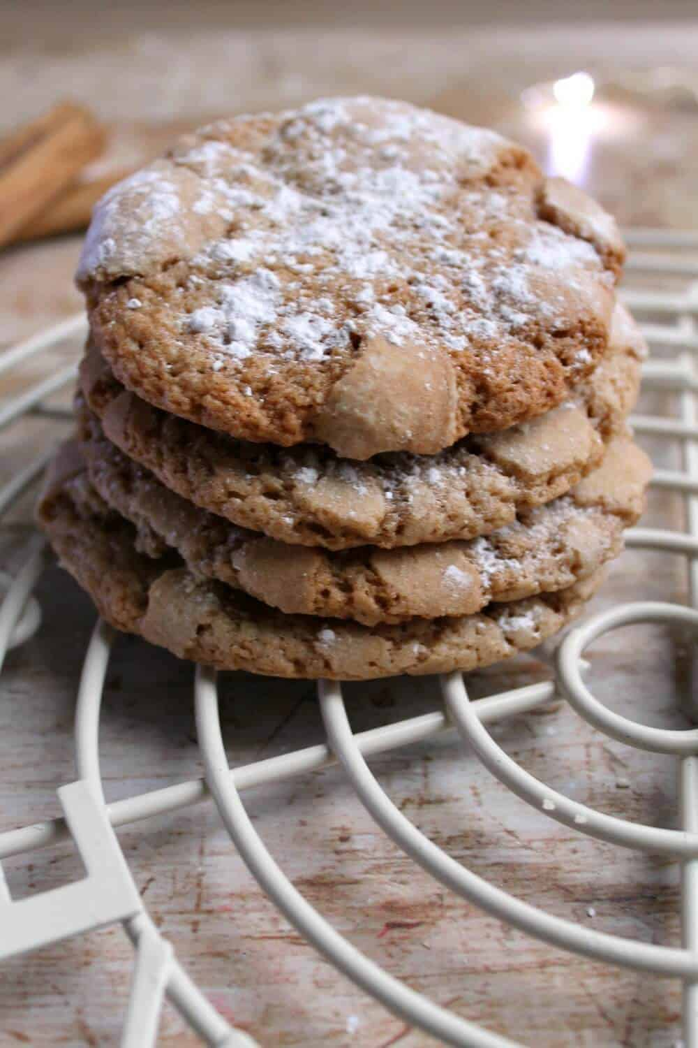Spiced crackle cookies