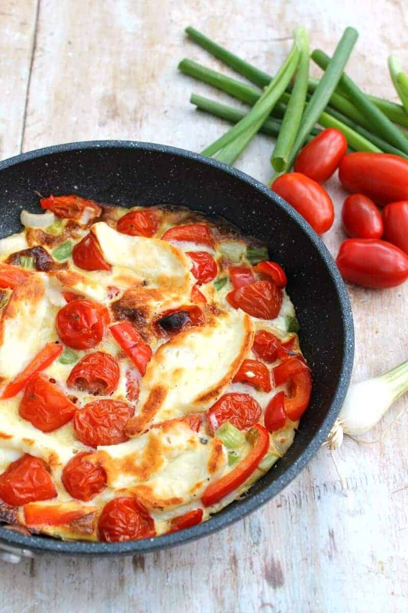 hallumi frittata with red peppers