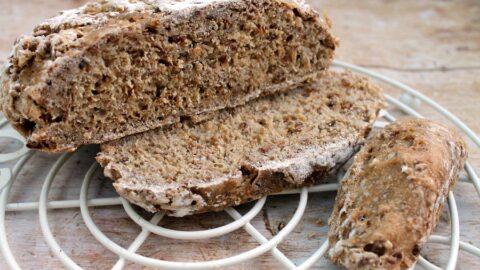 Slow Cooker No Knead Bread